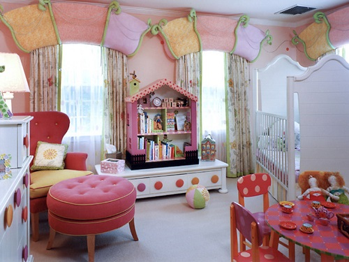 Decorating Children Room in Pink-Red