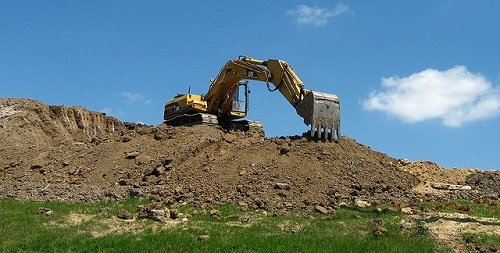 earthmoving in action
