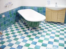 blue/white bathroom tiles