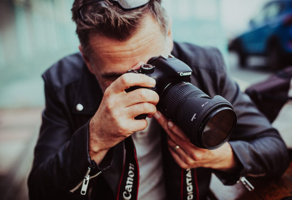 7 Pro Tips for Pursuing a Career in Fashion Photography