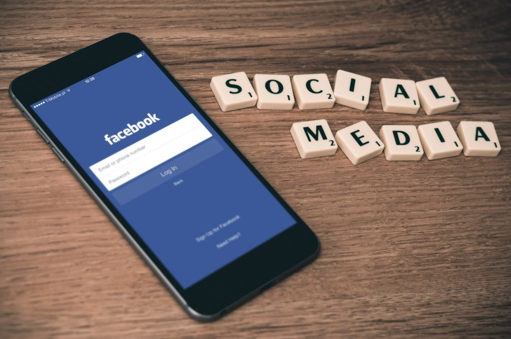 Social Media for Businesses: How to Use Facebook for Business