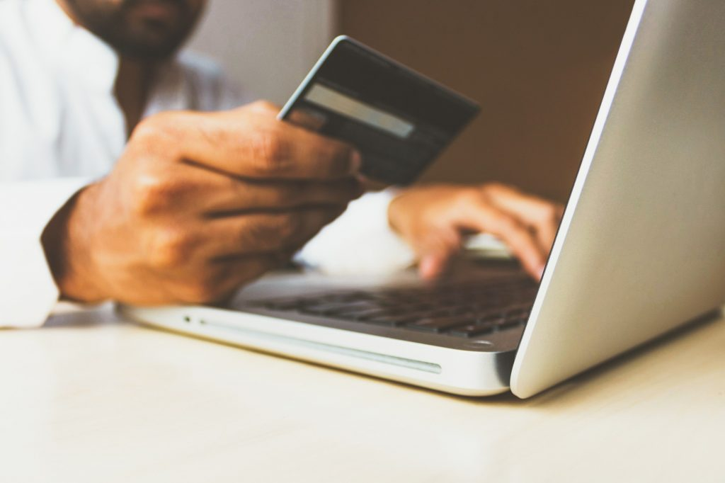 An Online Retailer's Guide to Ecommerce Payments